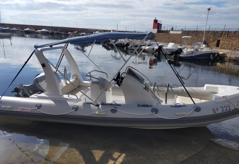 Alquiler barco 580 en Calpe, barcos y embarcaciones de alquiler en portosenso