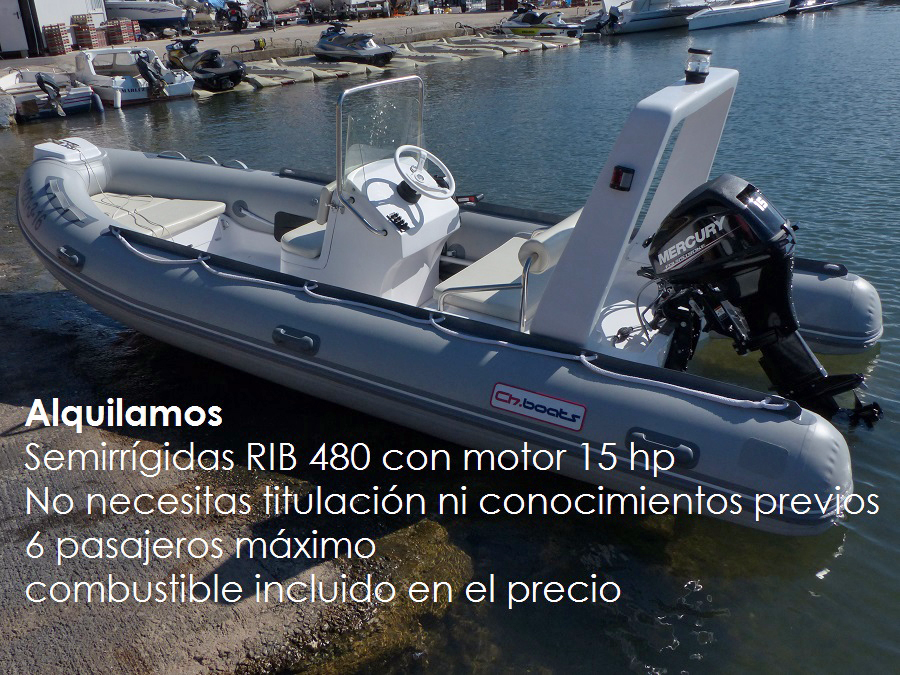 Nuestros barcos de alquiler sin patrón, son embarcaciones semirrígidas de alquiler completamente nuevas, montan un motor Mercury de 15 hp que permiten la navegación a una velociad de 20 nudos, es decir 3,7 kilometros a la hora. Nuestras lanchas neumáticas