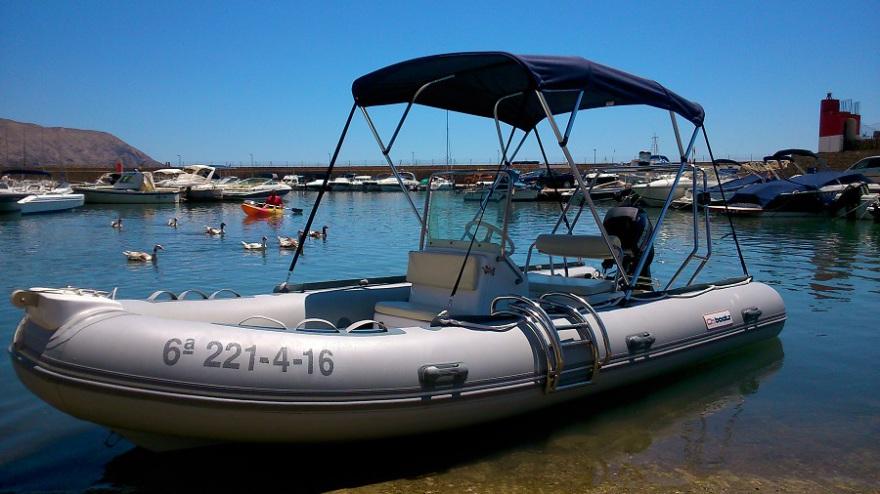 Alquiler embarcacion neumatica en Villajoyosa